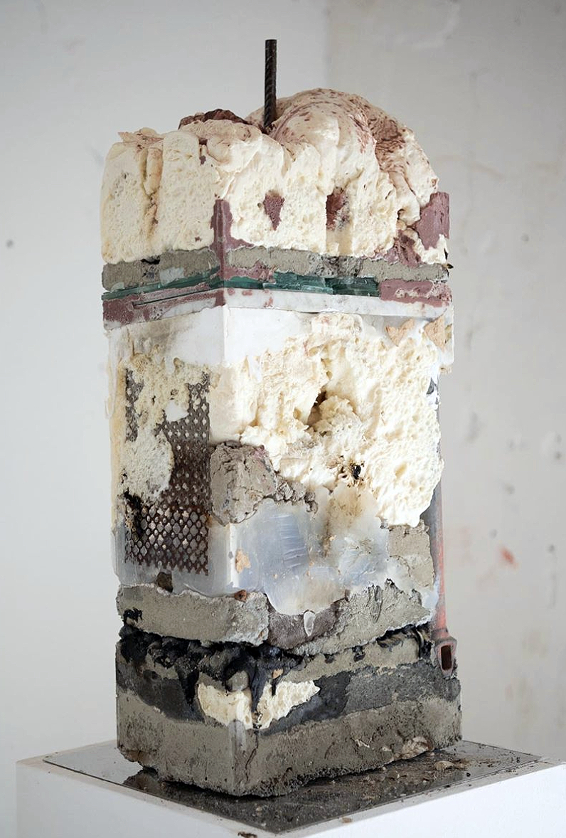 Photograph of Construction Pillar by Ciro Duclos.